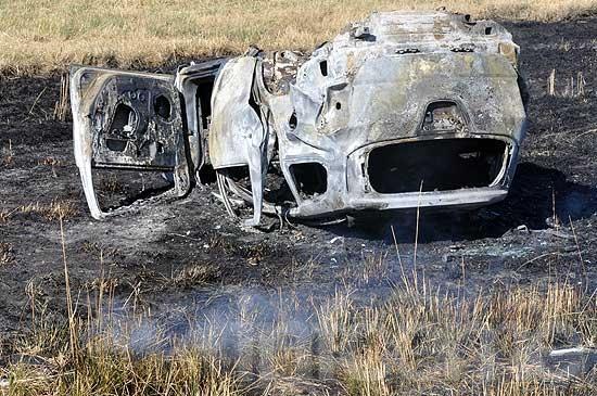 Vuelco e incendio en Ruta 226: una familia se salvó de milagro