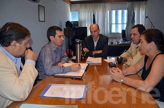 Municipio y Provincia se reunieron por el barrio Pikelado