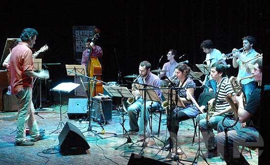 """La Orquesta Errante, en el festival """"Jazz a la Calle"""" de Uruguay"""