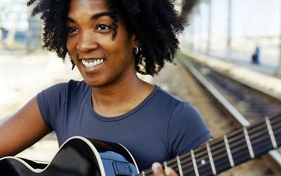 La cantante cubana Yusa desembarca en el Centro Cultural