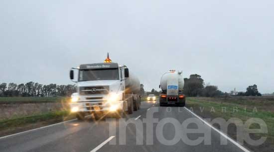 Limitan el tránsito de camiones por el recambio turístico