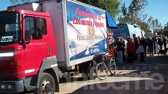 """Vuelven los camiones de """"Lácteos y Pescado para Todos"""""""