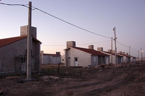 Realizarán un censo en los barrios Los Robles y Uocra