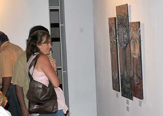 "Convocatoria abierta para participar de ""Arte x Mujeres"" 2014"