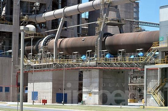 La producción de cemento se ubicó cerca de su cifra récord