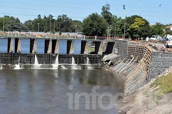 Avanzan obras hidráulicas en canales y la zona del arroyo