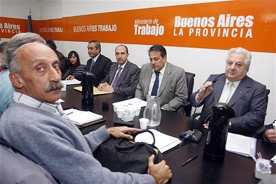 Provincia mejoró la oferta y aguarda respuesta de Judiciales