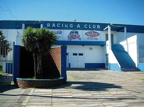 Racing convoca a una reunión