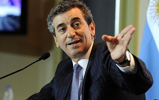 Randazzo criticó lo que dijo Scioli en Olavarría