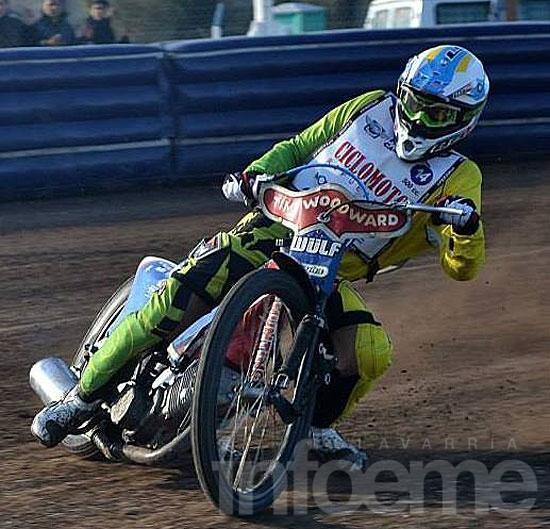 Cristian Zubillaga se quedó con la final en los 200 cc