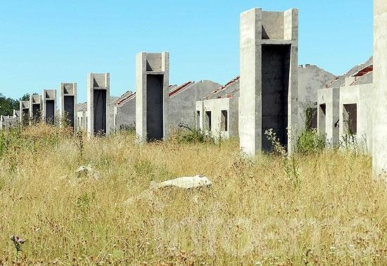 """Pikelado: """"Que el Municipio nos deje terminar las viviendas"""""""