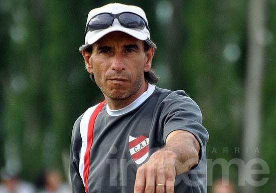 Independiente de Neuquén empezó a trabajar pensando en Racing