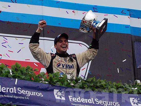 Agustín Herrera competirá en dos categorías nacionales
