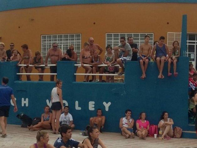 Con récord de equipos, se jugó el beach voley en Racing