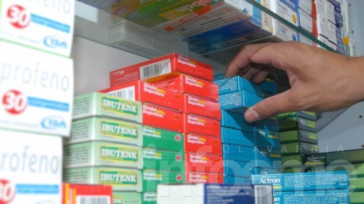Cuarto intermedio entre farmacéuticos y distribuidores