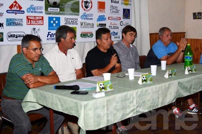 Ferro presentó su proyecto integral de Fútbol para el 2016