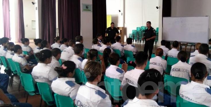 Jornada de capacitación para policías locales