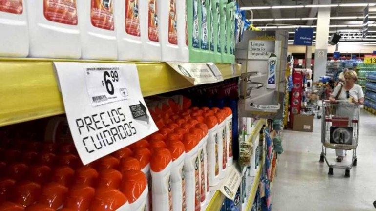 """En la nueva lista de """"Precios Cuidados"""" los faltantes más importantes son los lácteos, la yerba y el azúcer"""