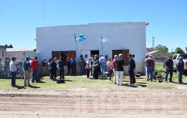 El Intendente Galli anunció la obra de ampliación de la red de agua corriente para el barrio Aoma