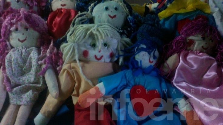 Trabajo solidario para que los chicos del barrio Lourdes tengan su juguete