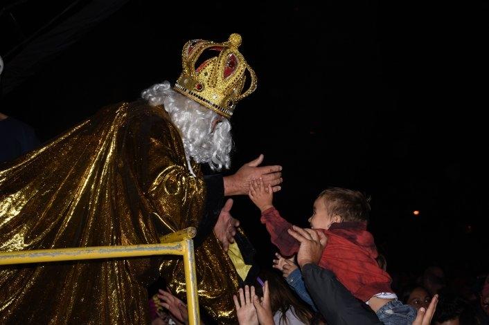 La magia de los Reyes Magos cautivó a grandes y chicos