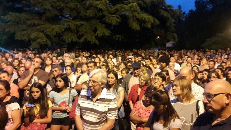 Sierras Bayas: gran convocatoria de vecinos para pedir justicia y más seguridad