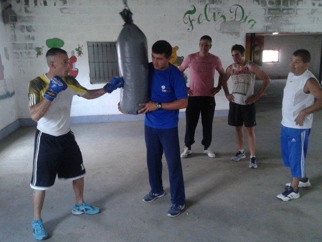 Encuentro de boxeo en la Unidad 2 de Sierra Chica