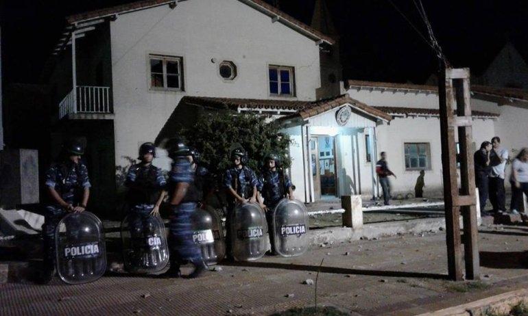 Pueblada y serios incidentes en Benito Juárez
