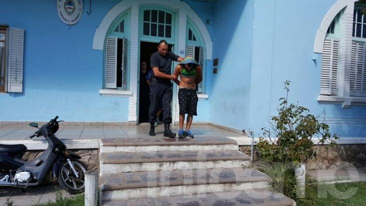 Dos aprehendidos por el asalto a una familia en Villa Aurora