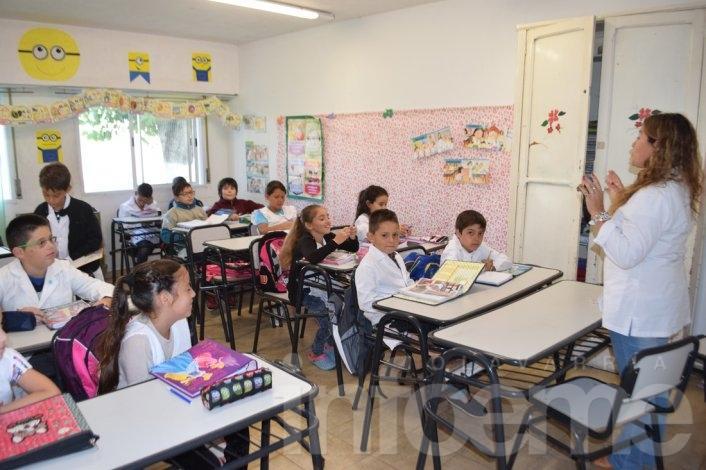 Prohíben actividades políticas partidarias en las escuelas bonaerenses