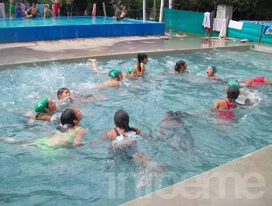 Gran cierre de temporada de  las Escuelas Abiertas en Verano en Hinojo