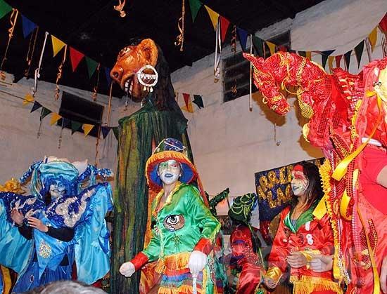 Talleres abiertos de cara al Carnaval de Macondo
