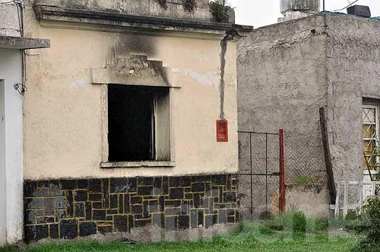 Creen que fue intencional el incendio de una vivienda