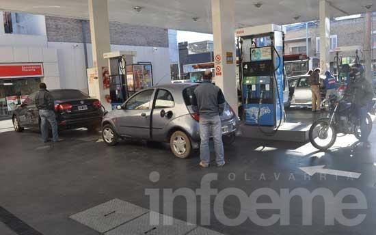 Impuesto a las naftas: puja entre Municipio y estaciones