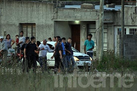 Cuatro demorados por disturbios en barrio Cuarteles