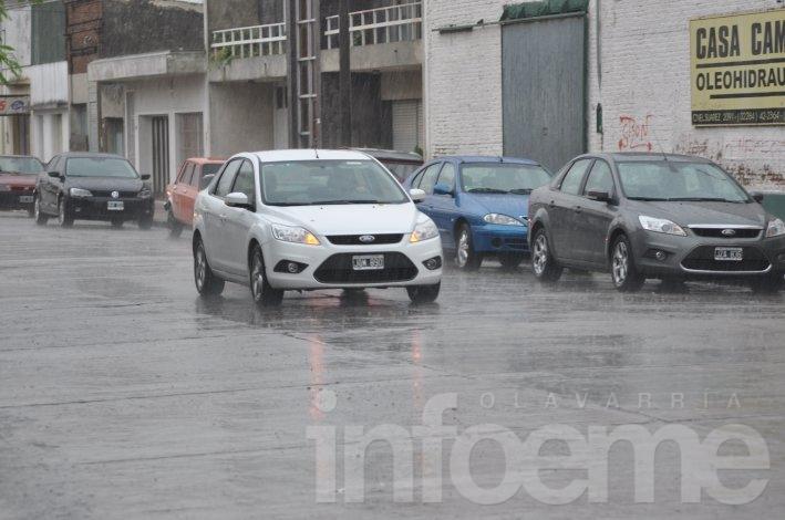 """Defensa Civil difundió consejos  ante """"fuertes tormentas de viento y lluvia"""""""