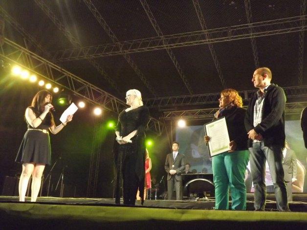 Valeria Lynch festejó el Día de los Enamorados en Olavarría