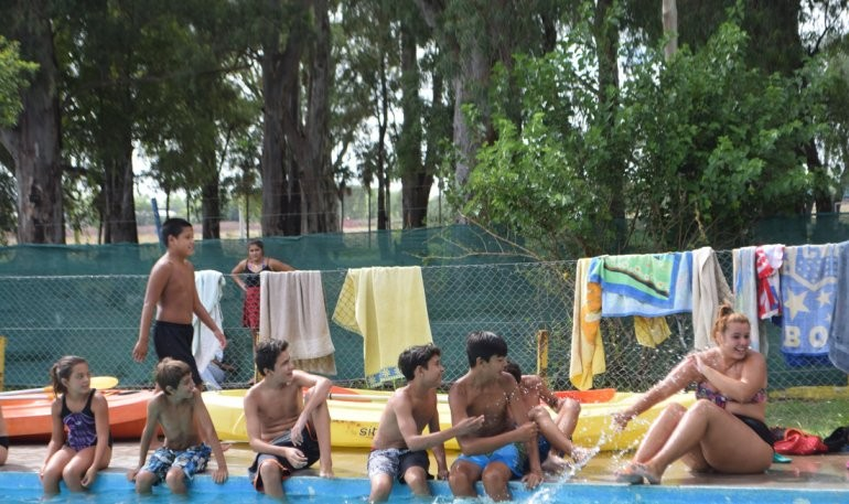 Colorido cierre de las Escuelas Abiertas en Verano