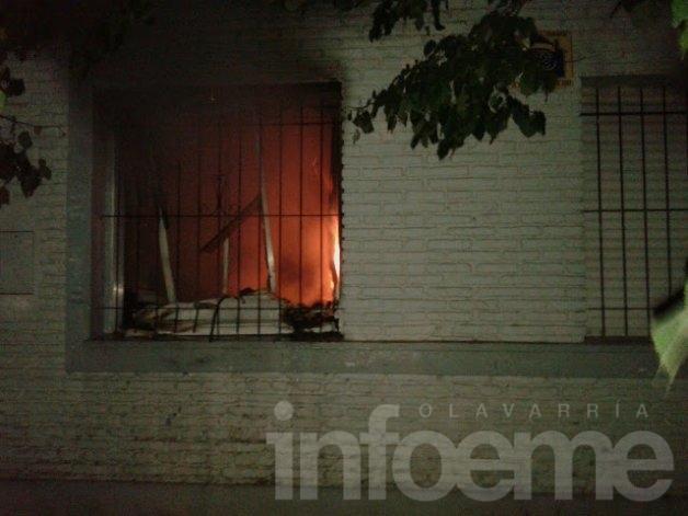 Se incendió la biblioteca de la Escuela Nº22