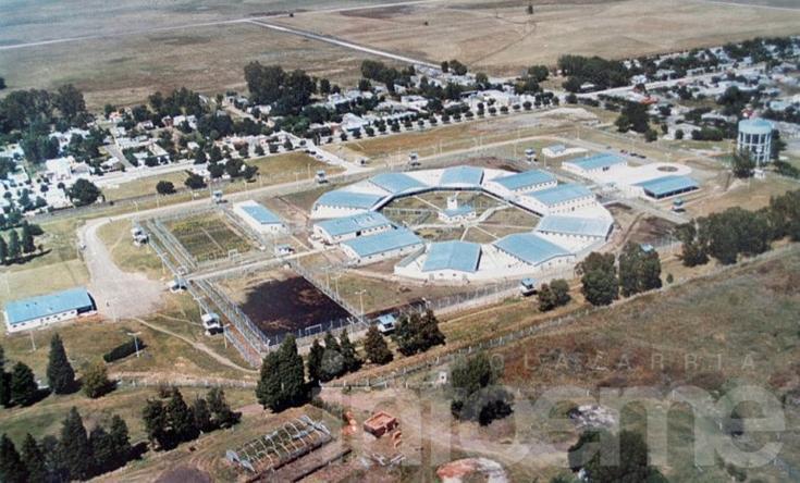 Provincia confirmó la realización de la obra de cloacas en las unidades penitenciarias 2 y 38