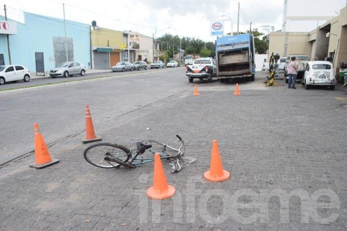 Ciclista herido en choque con camión