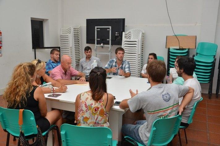 Reunión entre el Municipio, empresarios y estudiantes por la TEO