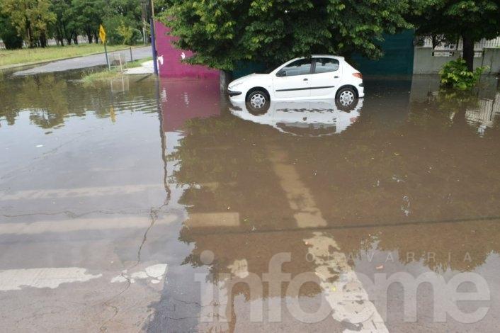 Tormenta y lluvia en la Ciudad: barrios sin luz y calles anegadas