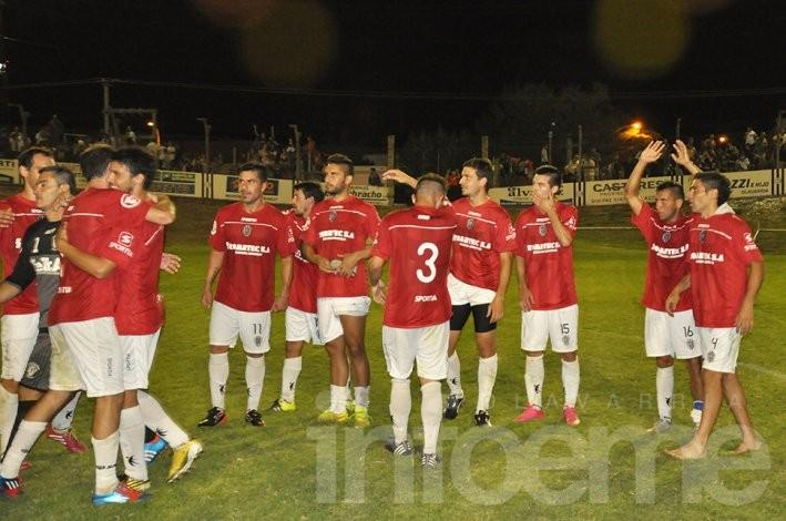 Estudiantes se tomó revancha y goleó a El Fortín