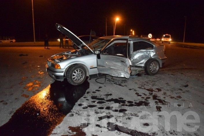 Violento choque en el cruce de Sierras Bayas: tres heridos