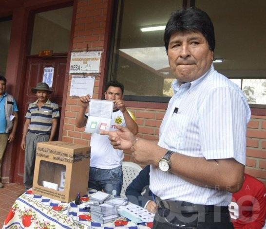 """El """"No"""" a Evo se impone en el referendo de Bolivia"""