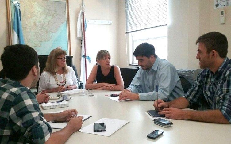 Tucura: el intendente Galli se reunió con funcionarios del Senasa