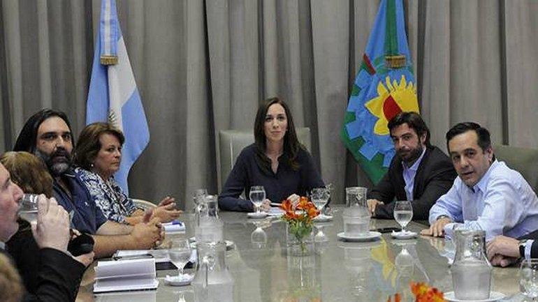 Vidal convocó para este miércoles a los gremios docentes