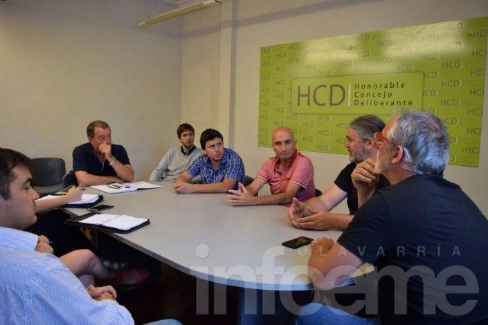 Indio en Olavarría: reuniones con concejales y puesto informativo para despejar dudas