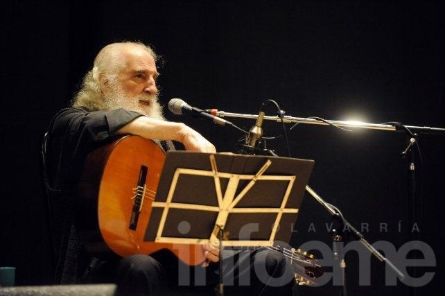 José Larralde se presenta en el Teatro Municipal